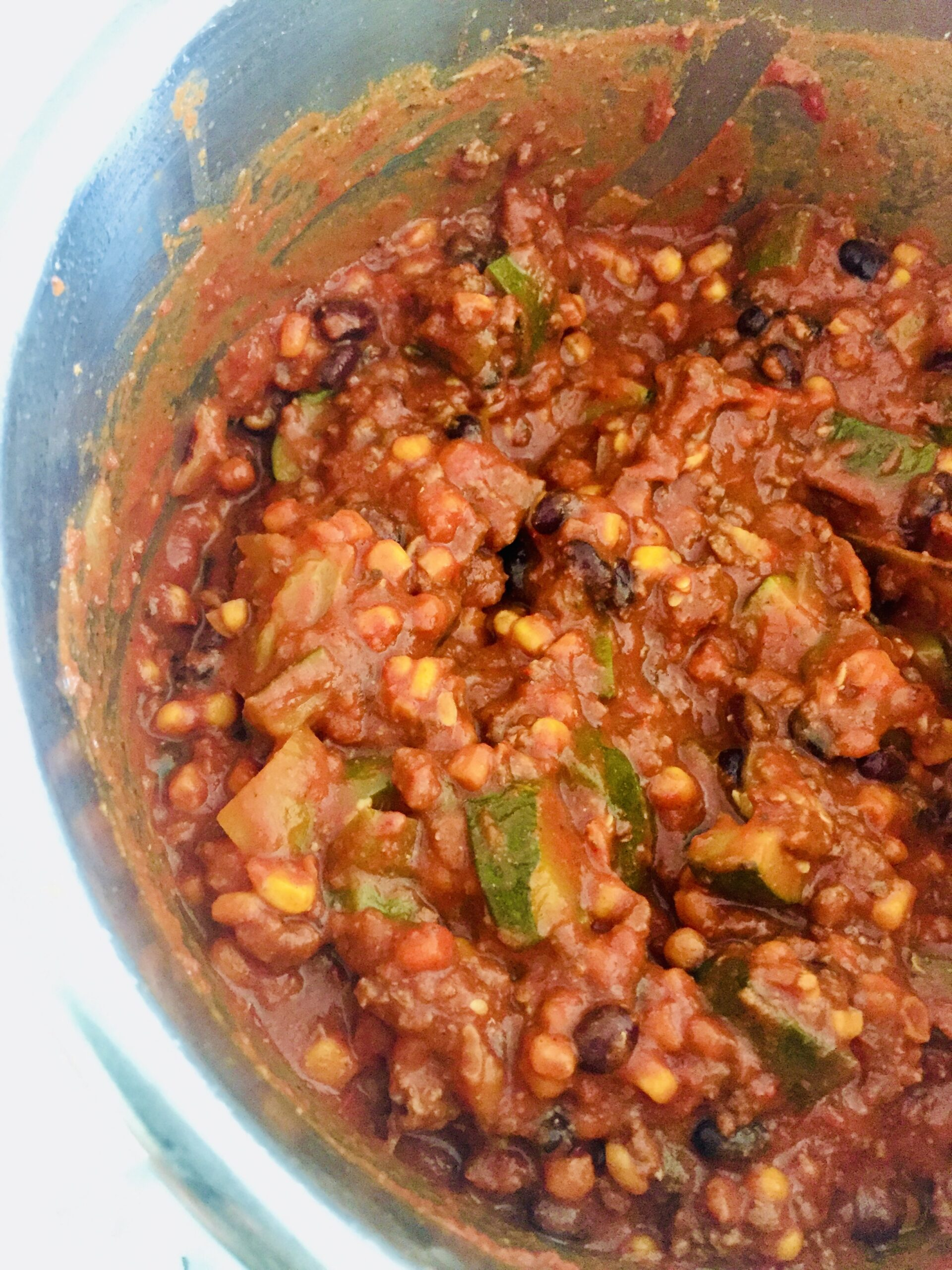 chili with beef, beans, and vegetables